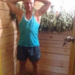 Молодой и горячий парень ищет девушку для секса в Владимире