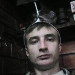 Парень ищу девушку или женщину, а можно и парня в Владимире